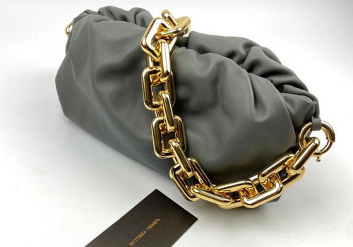 Женская сумка Bottega Veneta The Chain Pouch серая